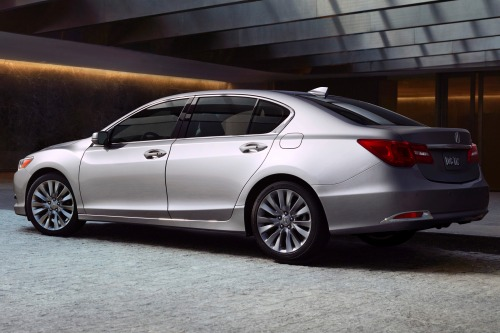 Acura's RLX moves company in right direction