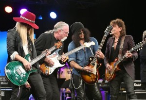 "Orianthi, Jeff ""Skunk"" Baxter, Slash and Richie Sambora at the NAMM 2015 TEC Awards."